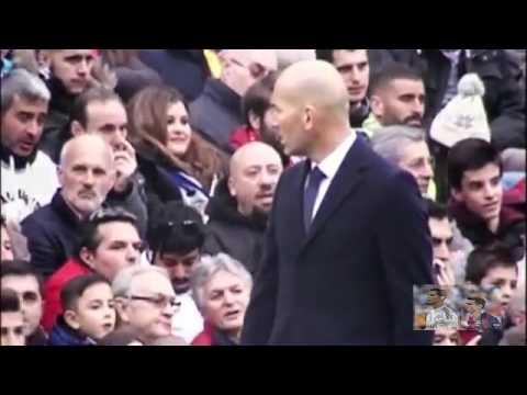 Zinedine Zidane regaña a James Rodriguez | 2016 (Real Madrid vs Sporting Gijón)
