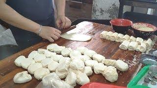 南門李燒餅—台灣街頭小吃.桃園 Clay oven rolls u0026 Egg cakes Taiwan street food