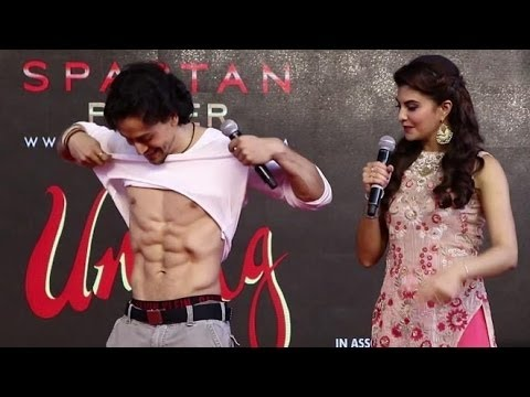Tiger Shroff Dance and Stunts At Umang Festival | Shows abs and Gym Workout