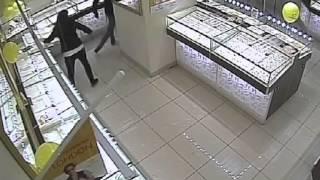 Ограбление ювелирного магазина в Казани
