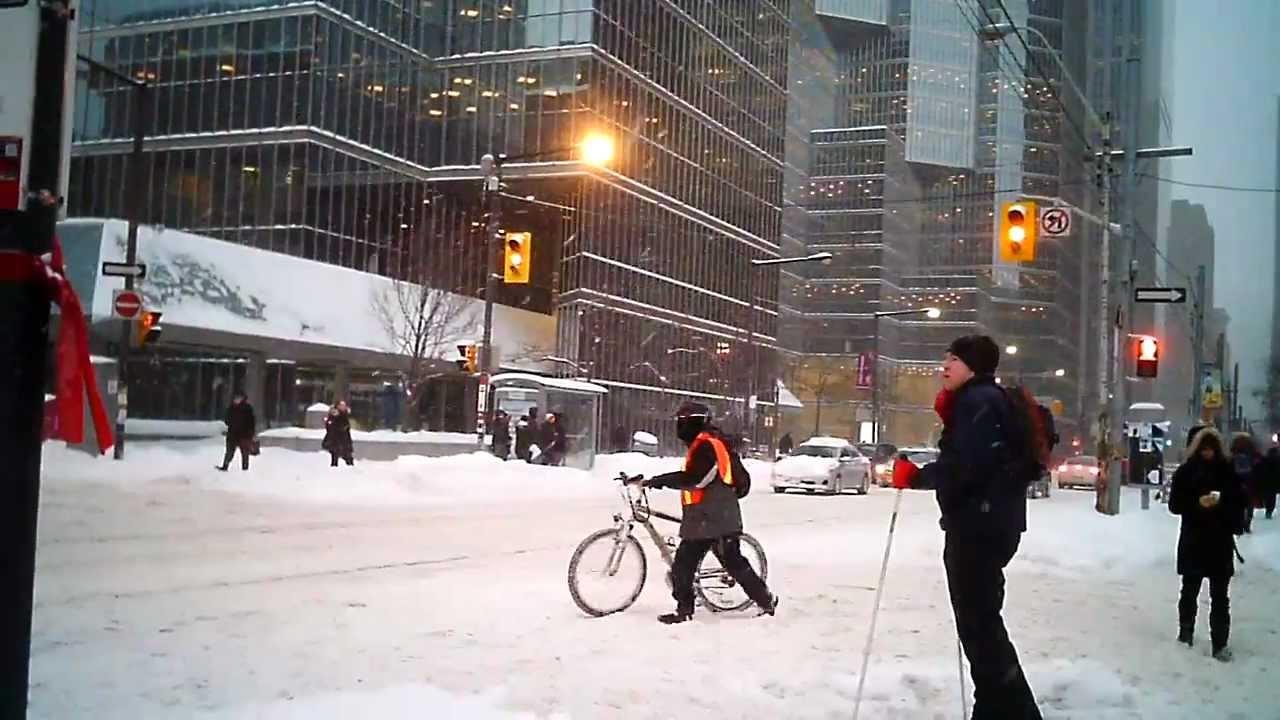 Snow Storm Toronto: Heavy Snow Storm, Cross-country Skiing Downtown Toronto