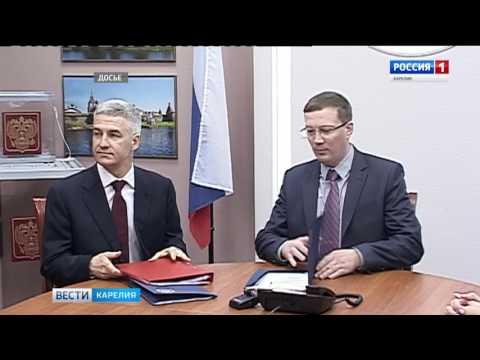 Парфенчиков первым отнес документы для регистрации на выборах главы РК