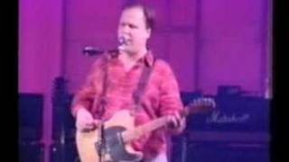 Pixies - Is She Weird (live)