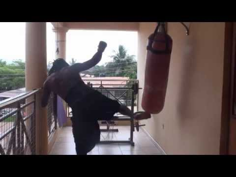 Training Asako (Afrikan Combat Capoeira) for Narrow and Cramped Spaces