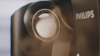 Philips 3200 LatteGo | Social video, coffee with firls