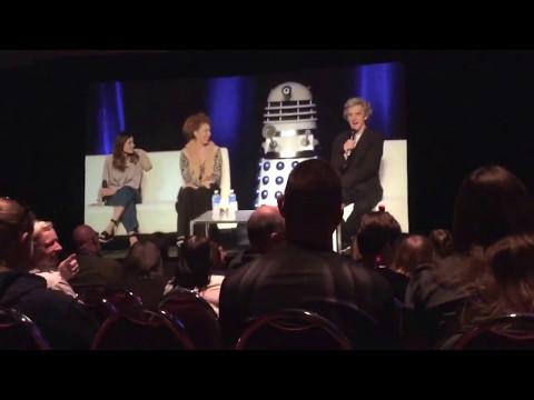 11yr old asks Jenna Coleman, Alex Kingston & Peter Capaldi about Daleks - Ottawa Comiccon 2017