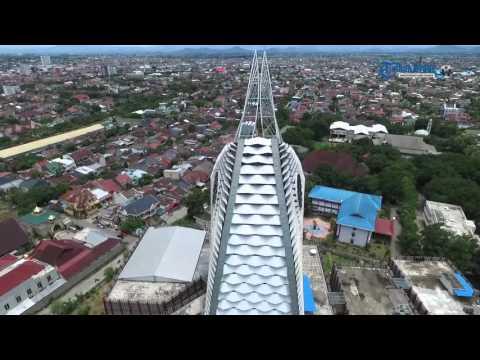 Menara Phinisi Kampus Universitas Negeri Makassar dari Udara