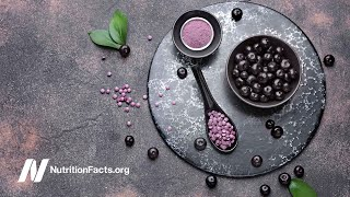 The Antioxidant Effects of Acai vs. Apples