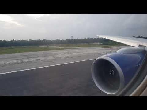 BA 777-200 Departing Cancún Mexico
