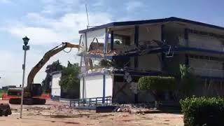 (se inicio con la demolición del edificio C) DESPUÉS DEL SISMO EN EL  TECNOLÓGICO DE ZACATEPEC