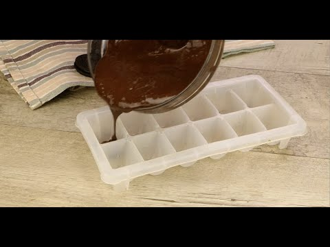 Pour the chocolate into an ice tray: here's how to prepare a super tasty dessert