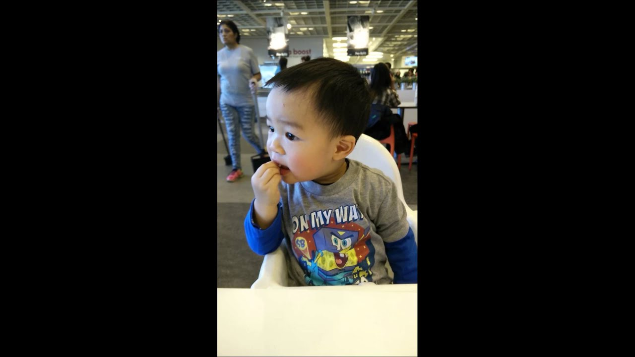 yummy french fries at ikea youtube. Black Bedroom Furniture Sets. Home Design Ideas