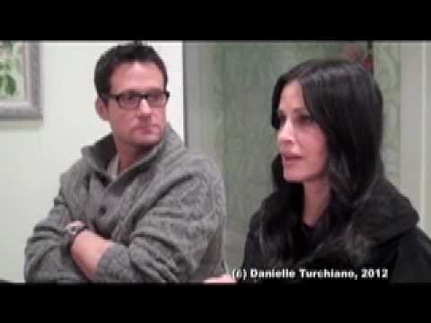 Courteney Cox makes fun of Josh Hopkins for not watching 'Friends'