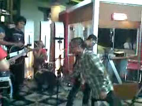 PAS band - PASSER INDONESIA (Akustik) Live at Radio Show TvOne.mp4