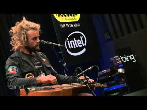 Xavier Rudd - Soften The Blow (Bing Lounge)
