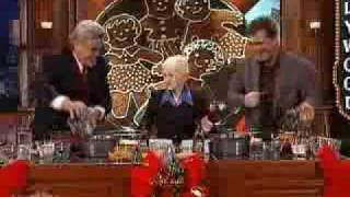 TOM CRUlSE Fruitcake lady
