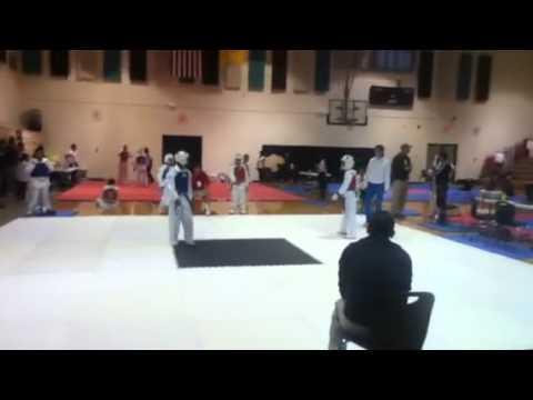 Samuel Ruan Vs Memo TKD green belt sparring