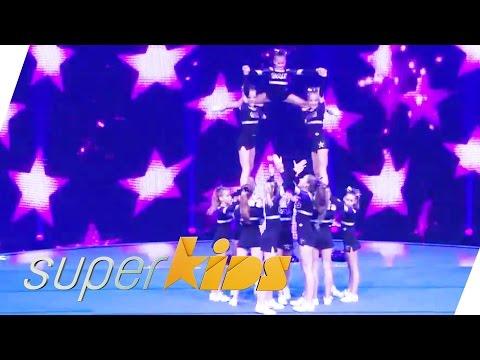 Cheer Academy German Peewees Acrobatic Cheerleading | Superkids