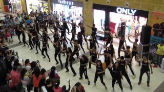 VIBRATIONS-THE DANCE STUDIO FLASHMOB DEHRADUN PACIFIC MALL