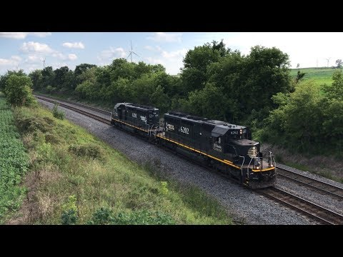Railfanning Fond Du Lac, WI With Illinois Central Helpers And Wisconsin Central