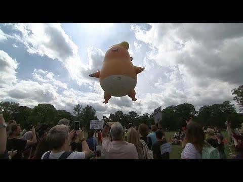 Donald Trump sob protestos na Escócia