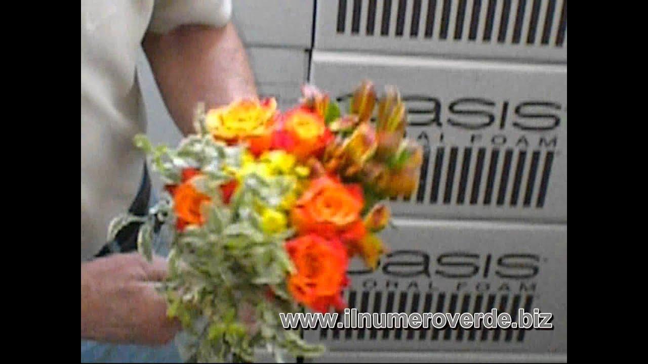 Mazzi Di Fiori Youtube.1x10 Mazzo Di Fiori Con Rose Corso Di Composizioni Floreali