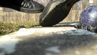 shoe destroys a shoe Thumbnail