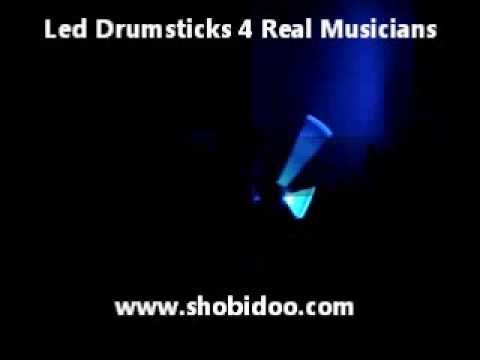 baguettes de batterie luminescentes led drumsticks youtube. Black Bedroom Furniture Sets. Home Design Ideas