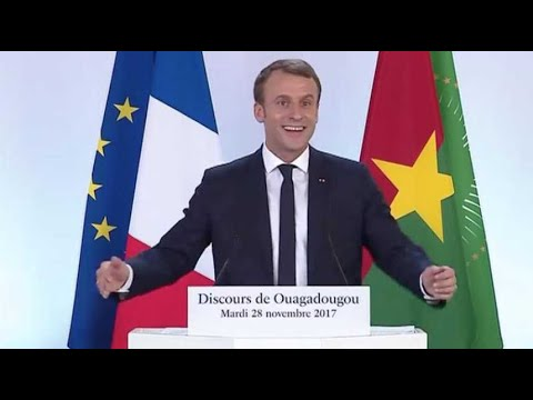 """Macron: """"Vous m'avez parlé comme si j'étais le président du Burkina Faso!"""""""