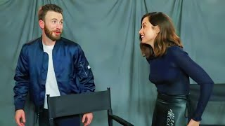 the best of Ana de Armas and Chris Evans in Knives Out press tour