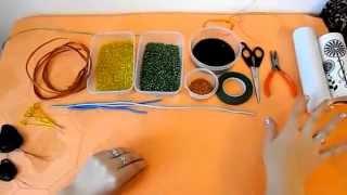 Цветы из бисера | Лилия | Мастер класс № 1(http://biser-beads.ru/a/videouroki/ Видео урок с описанием необходимого для плетения бисером цветов. Из серии мастер классо..., 2013-09-21T18:00:08.000Z)