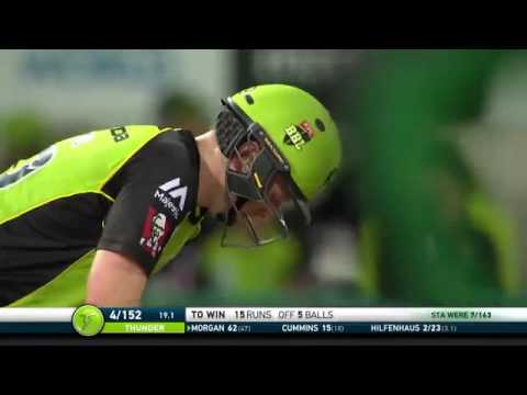 Eoin Morgan Thrilling Last Ball Six -BBL 2017 Sydney Thunder vs Melbourne Stars