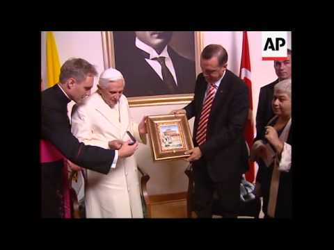 WRAP Arrival, Pope with Erdogan, visit to mausoleum, ADDS meeting with President