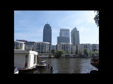 Landtong De Omval - Amsterdam Oost met o.a de Rembrandttoren,