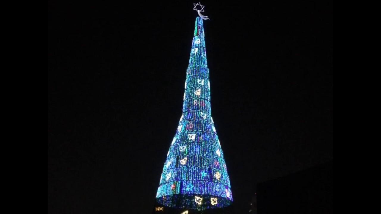 worlds tallest christmas tree colombo sri lanka - Worlds Tallest Christmas Tree