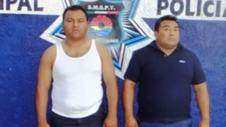 Dos policías municipales, fueron detenidos por robo a transeúnte