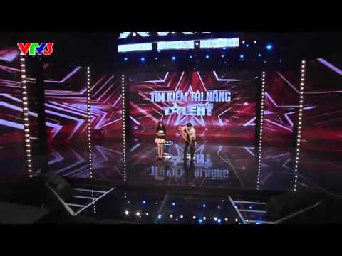 Cô gái gốc Hàn cất giọng hát khiến Trấn Thành thích thú bắn tiếng Hàn đối đáp