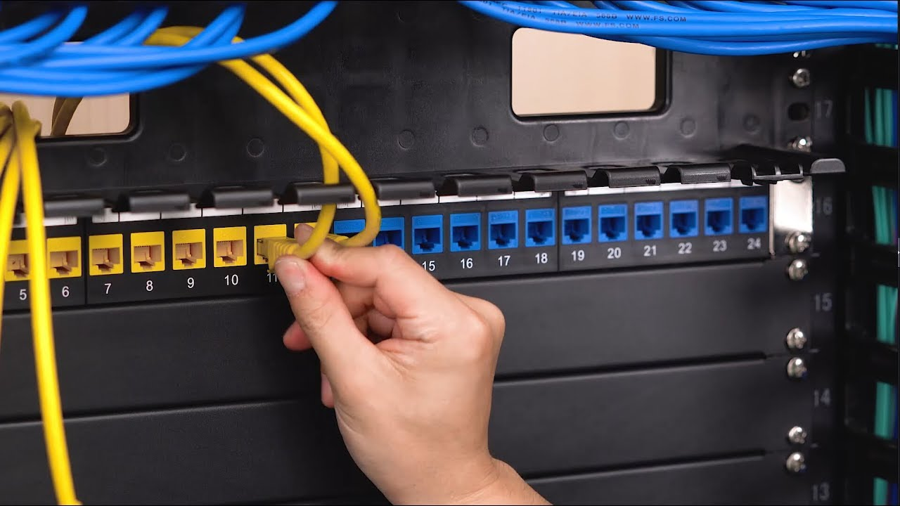 Cable Management for a Small LAN with a 24-port Patch Panel | FS
