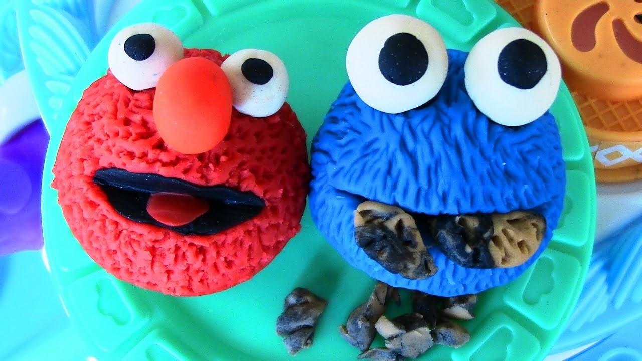 Play-Doh Elmo Cookie Monster Cupcake Sesame Street Play Doh Cake Makin Station