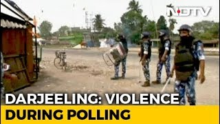 even-amid-poll-violence-in-west-bengal-heart-warming-stories-on-democracy-emerge