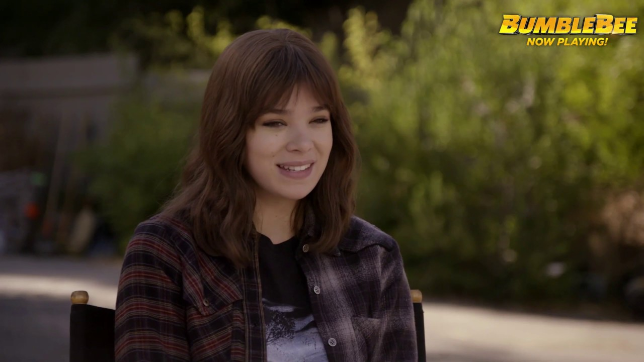 Bumblebee 2018 Hailee Steinfeld Featurette Paramount Pictures Youtube