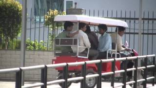 3 WHEEL ELECTRIC BATTERY PASSENGER AUTO RICKSHAW - 4 SEATER - VIDEO DEMO : CINE PROJECTORS