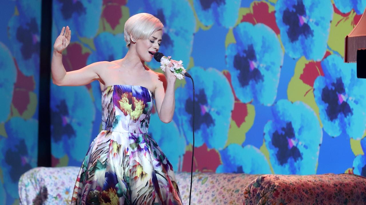 Elena Rivera imita a Miley Cyrus
