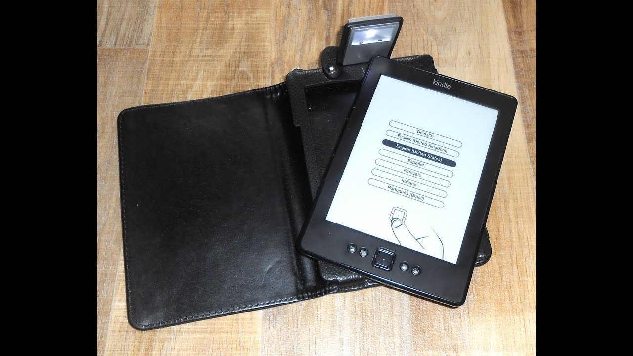 Amazon Kindle (5th Generation) 2GB Wi-Fi 6in B011 eBook Reader + Case &  Cable