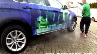 BMW X6 Turns Into A Hulk just by adding water... سيارة تتحول الى رسومات عند لقاء الماء عليها