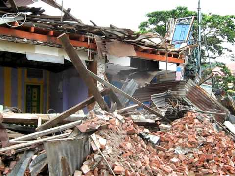 vjmcharities...30 September 2009 Padang Sumatra Earthquake