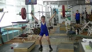 Ксенофонтов Матвей, 13 лет, вк 34 Рывок в п п +Р в сед+ Уход в сед 27 кг на 2 раза