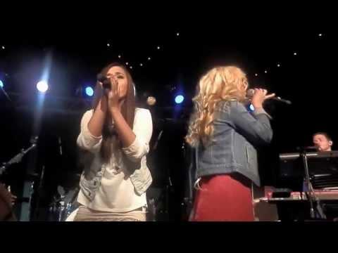 Runaway - Megan & Liz - Live in Boston- Brighton Music Hall