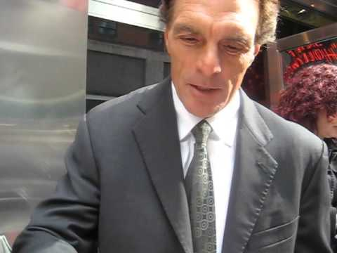 Doug Flutie signs autographs for The SI KING 3-8-16