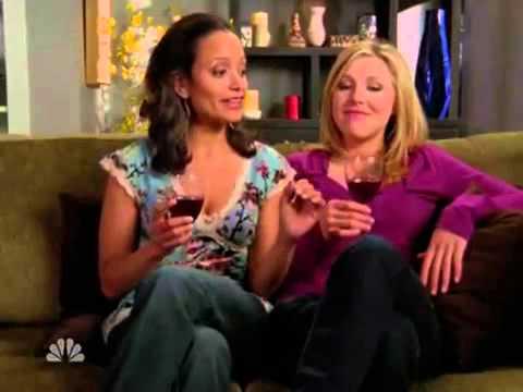 Sarah Chalke Lesbian Kiss